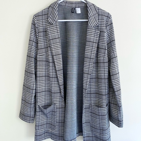 Black and white blazer from H & M